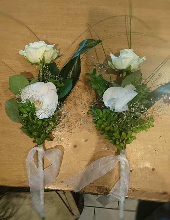 Hand Blumen Für Beerdigung - Über Blumen
